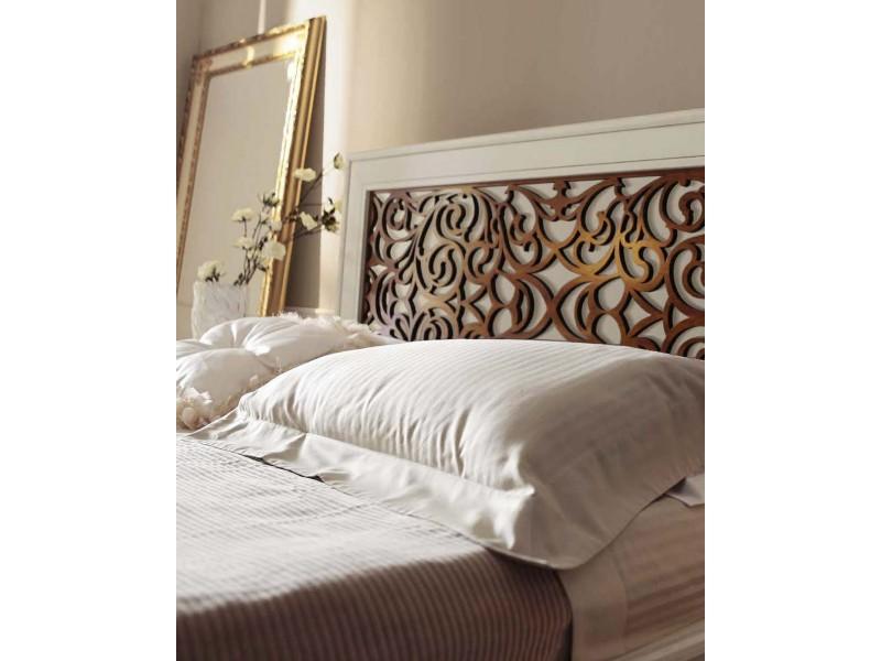 Кровать 160 x 200 – Capri, изголовье с резьбой – VILLANOVA - CP 208.1
